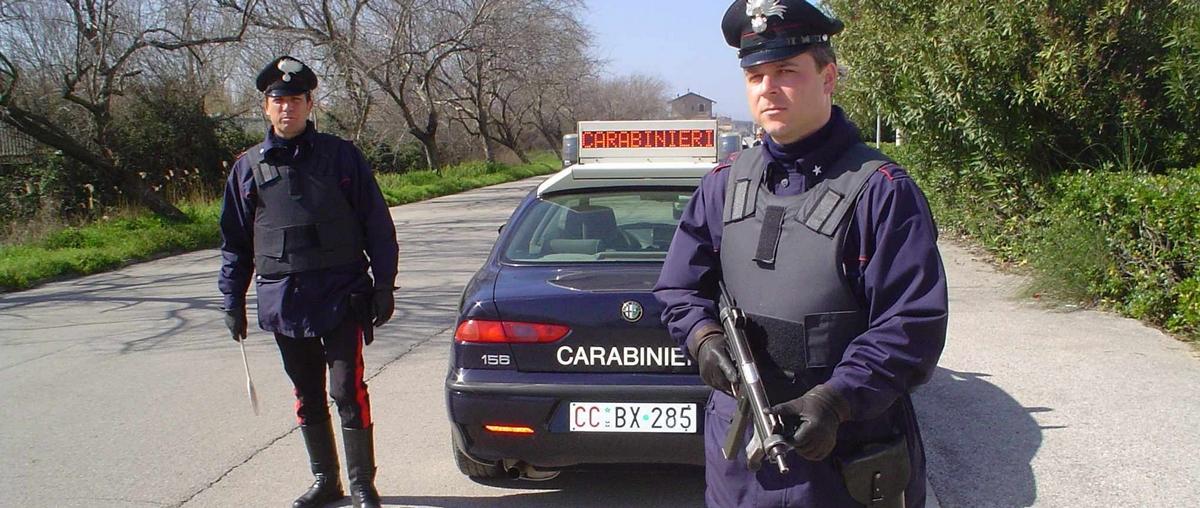 CENTO: Operazione su vasta scala dei carabinieri, un arresto anche a Cento, l'accusa è associazione per delinquere finalizzata alla tratta di esseri umani