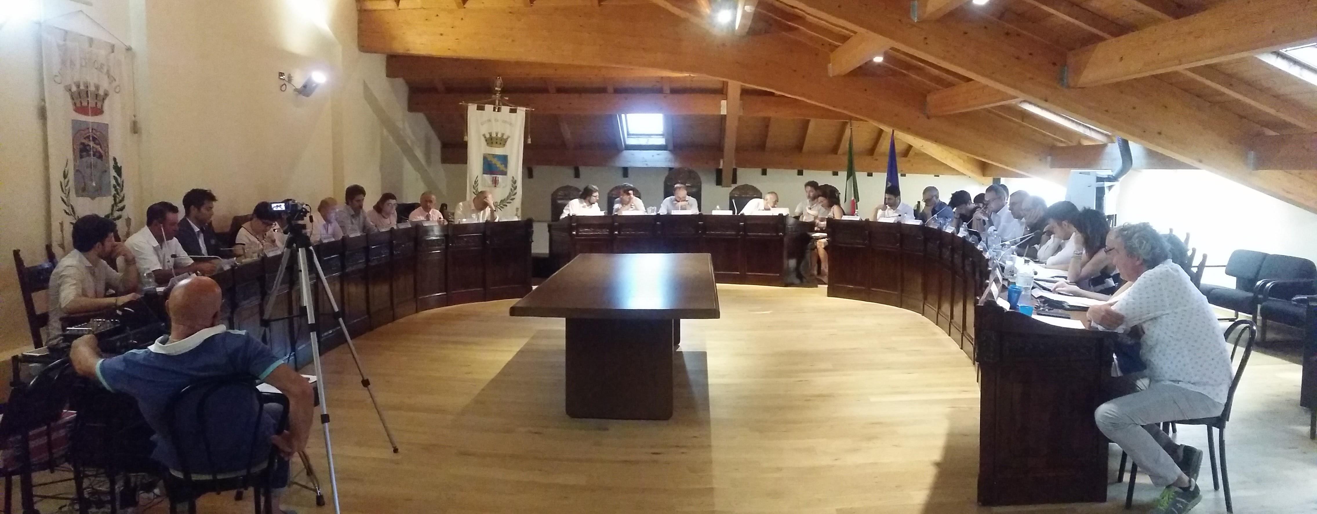CENTO – COLPO DI SCENA IN CONSIGLIO COMUNALE: Mozione di sfiducia al Presidente del Consiglio comunale Matteo Veronesi firmato dalle minoranze