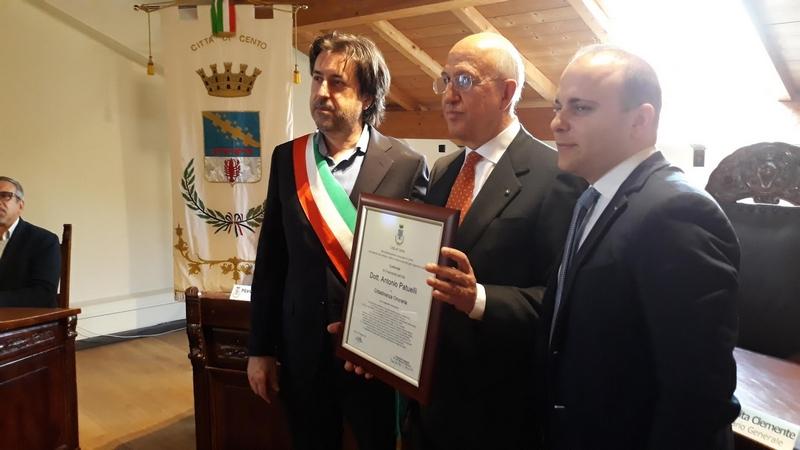 CENTO: Conferita la cittadinanza onoraria a Antonio Patuelli